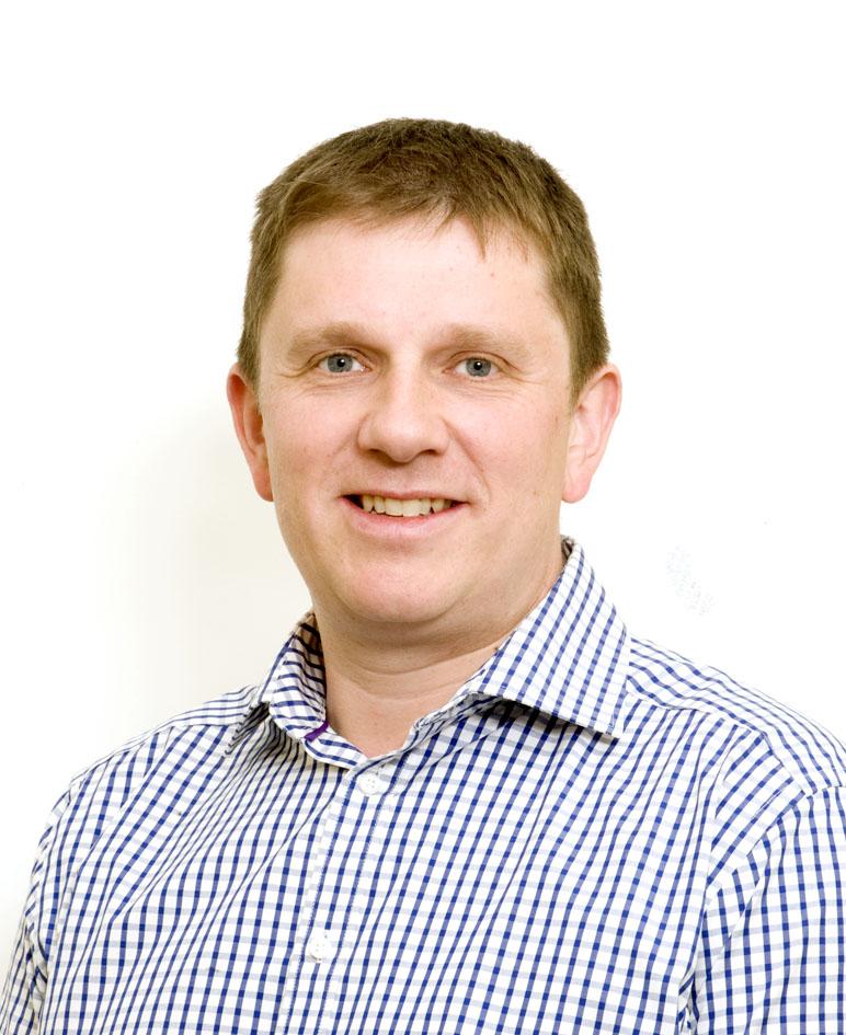 Mr Matthew Dunn